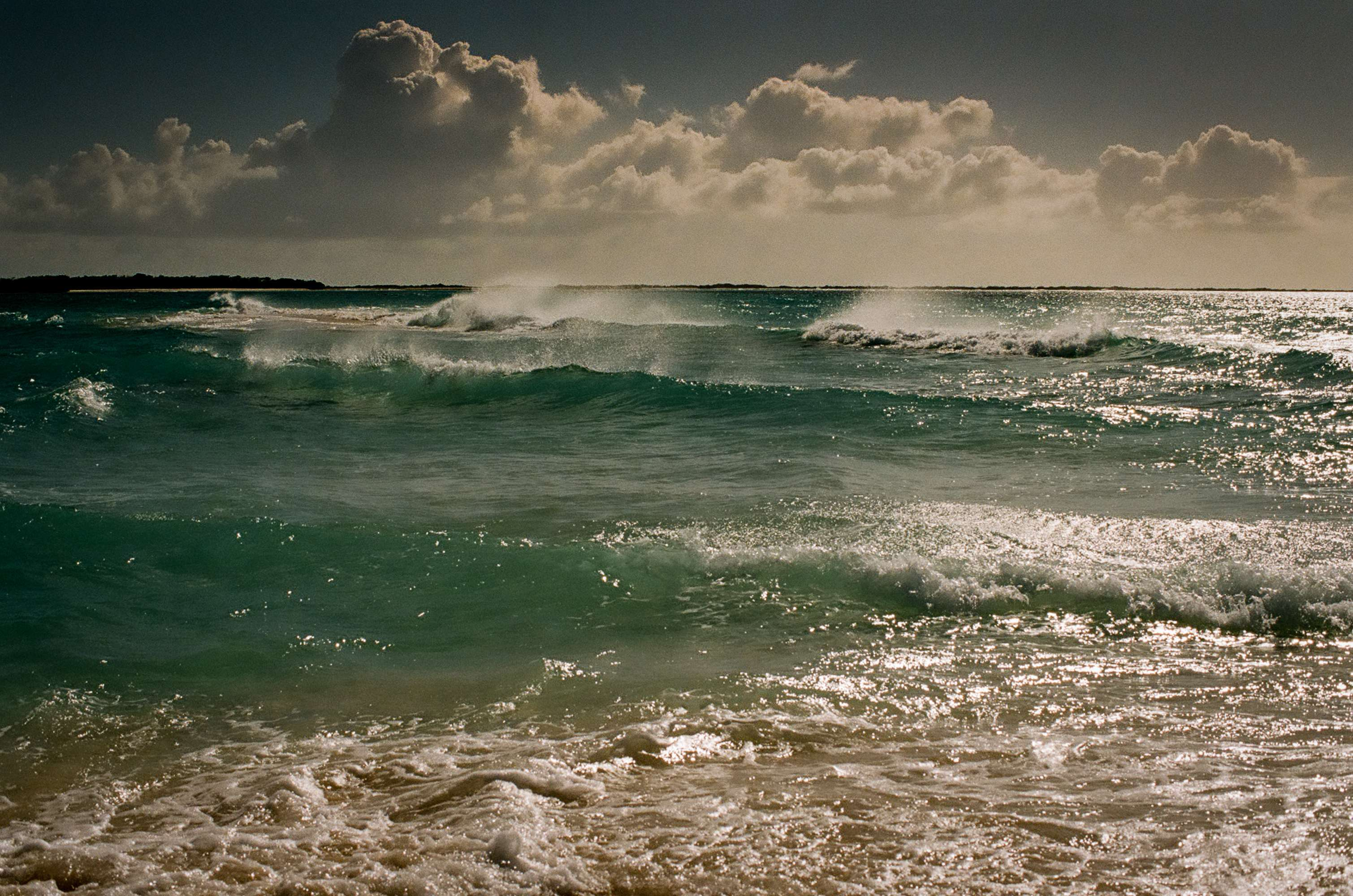 WAVES ISLA LOSROQUES@ Photo Copy MrLukkor©
